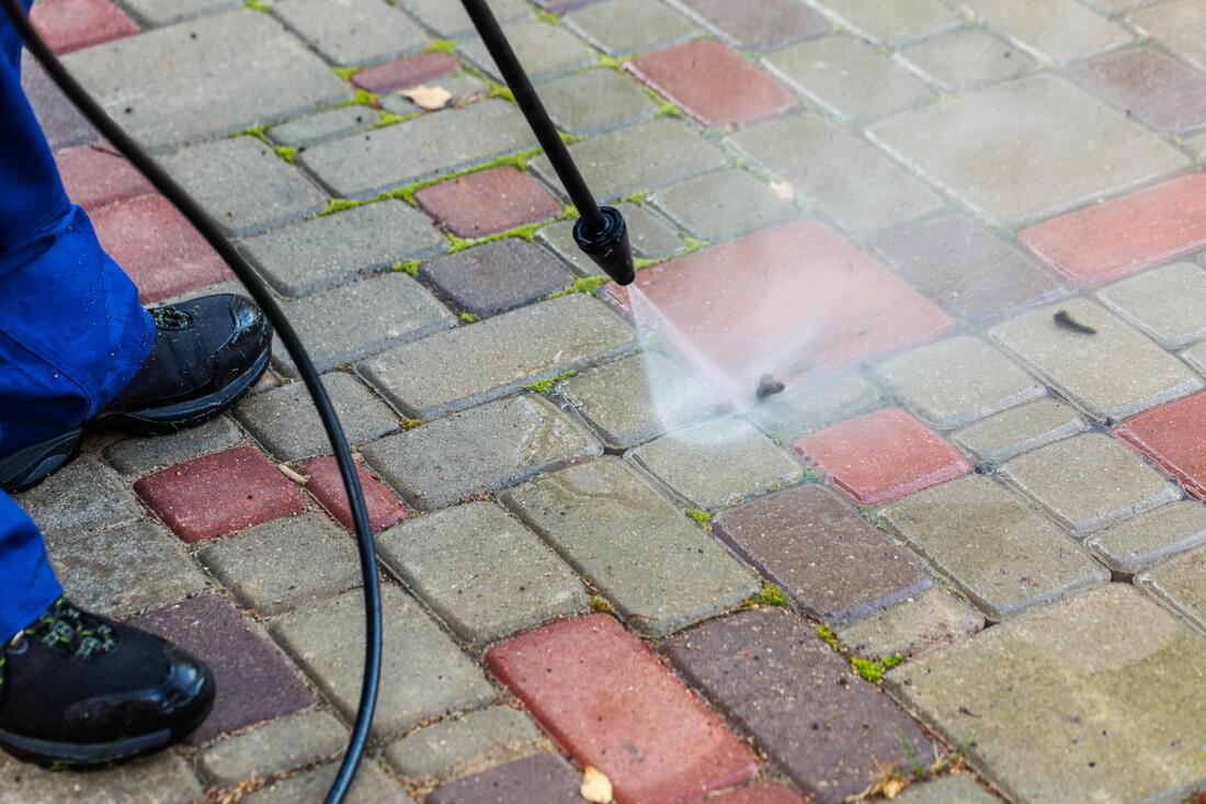 pressure washing cleaning cleaner